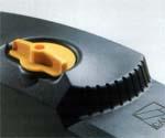 Устройство разблокировки привода EMEGA для подъемно-поворотных ворот.