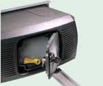 Устройство разблокировки рычажного привода FERNI для распашных ворот.